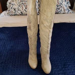 NWOT JustFab OTK Taupe Grey Boots